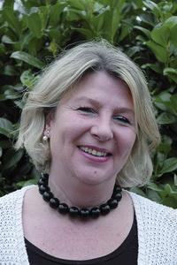 Christine Heinze